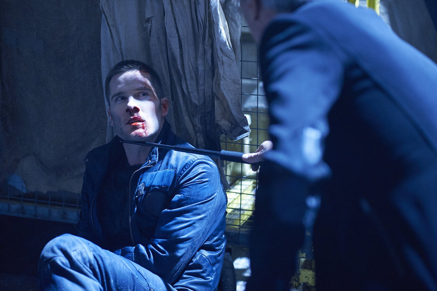 "KILLJOYS -- ""Escape Velocity"" Episode 110 -- Pictured: Luke Macfarlane as D'Avin -- (Photo by: Ken Woroner/Temple Street Releasing Limited/Syfy)"