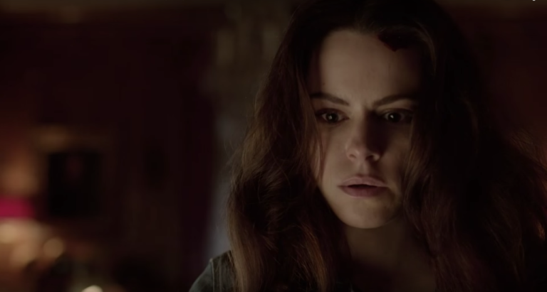 NYCC 2015: '12 Monkeys' Interview – Jennifer Goes Sane and Cassie Will Learn to Manipulate Time in Season 2