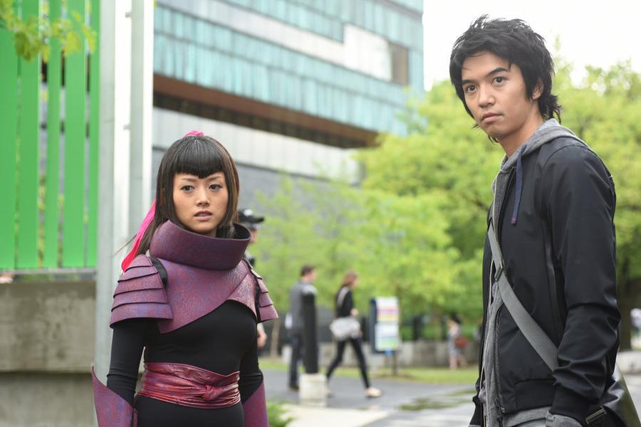 "HEROES REBORN -- ""The Lion's Den"" Episode 105 -- Pictured: (l-r) Kiki Sukezane as Miko Otomo, Toru Uchikado as Ren Shimosawa -- (Photo by: John Medland/NBC)"