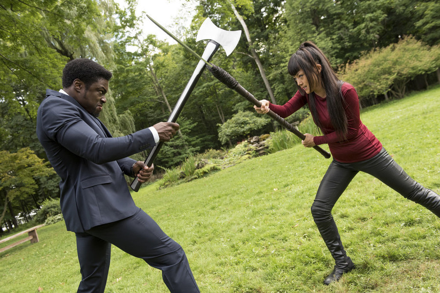 "HEROES REBORN -- ""Send in the Clones"" Episode 111 -- Pictured: (l-r) Clé Bennett as Harris Prime, Kiki Sukezane as Miko Otomo -- (Photo by: Christos Kalohoridis/NBC)"
