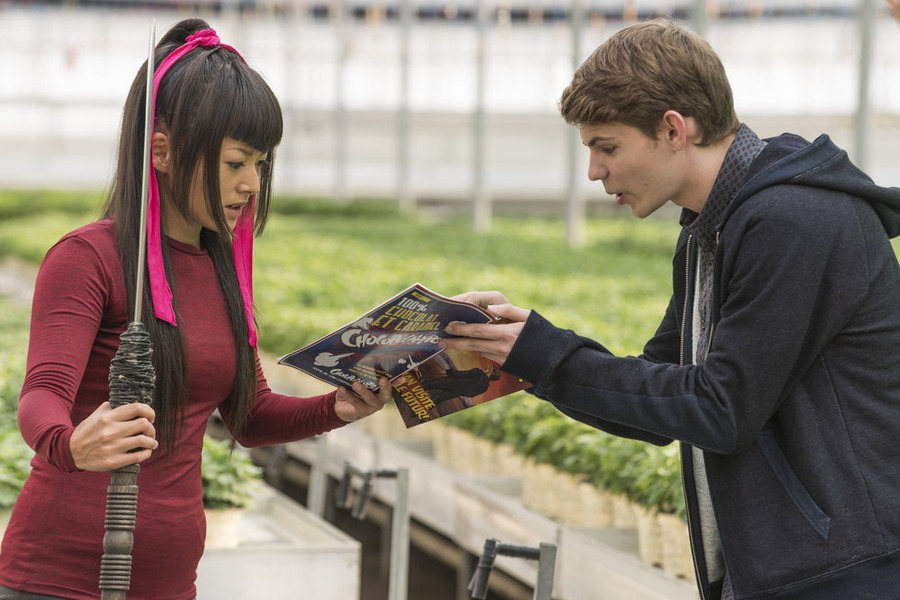 "HEROES REBORN -- ""Send in the Clones"" Episode 111 -- Pictured: (l-r) Kiki Sukezane as Miko Otomo, Robbie Kay as Tommy Clark -- (Photo by: Christos Kalohoridis/NBC)"