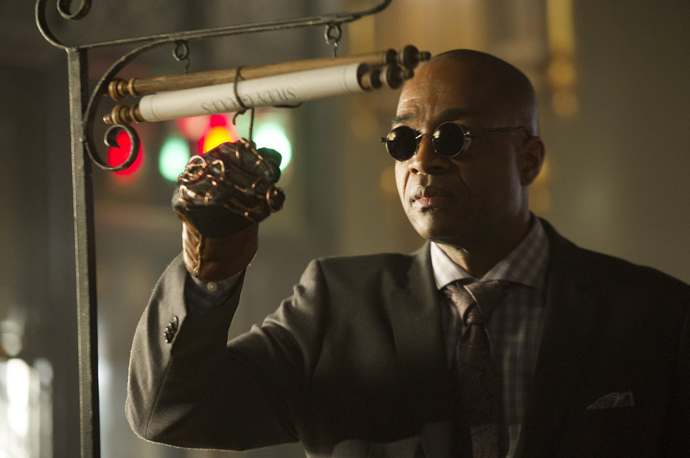 "THE MAGICIANS -- ""The Strangled Heart"" Episode 108 -- Pictured: Rick Worthy as Dean Fogg -- (Photo by: Carole Segal/Syfy)"