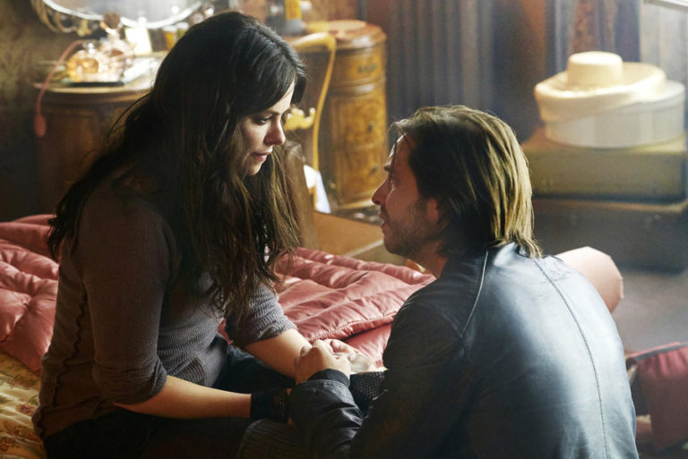 11 Big Moments On This Week's '12 Monkeys'