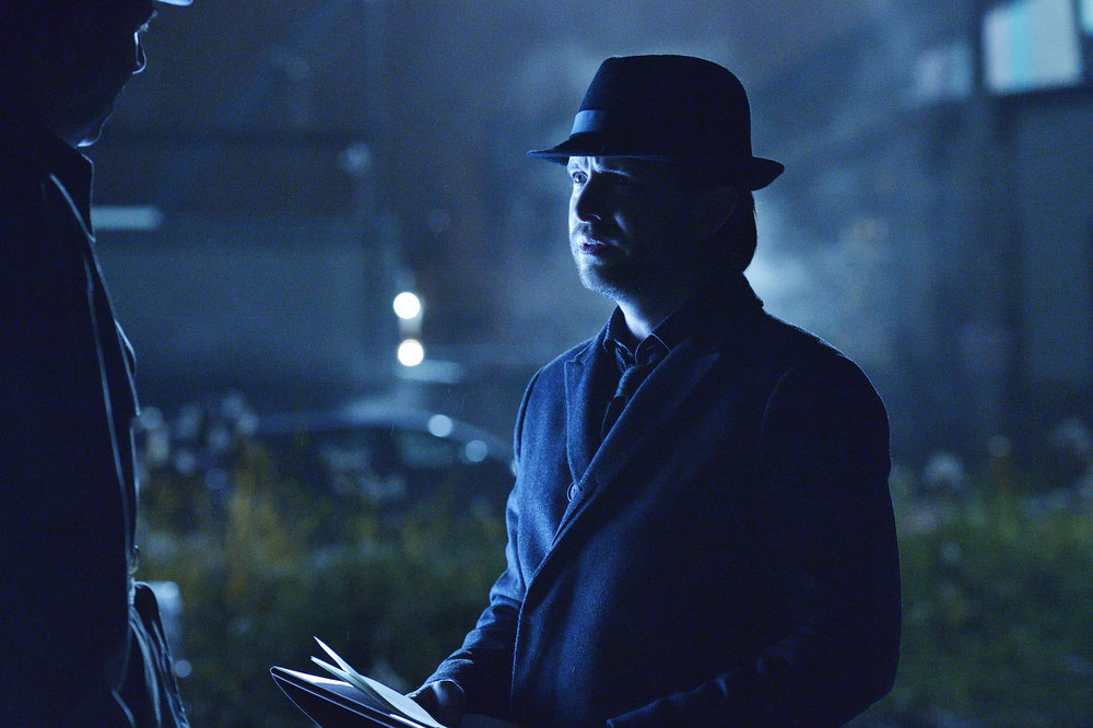 "12 MONKEYS -- ""Fatherland"" Episode 210 -- Pictured: Aaron Stanford as James Cole -- (Photo by: Ben Mark Holzberg/Syfy)"