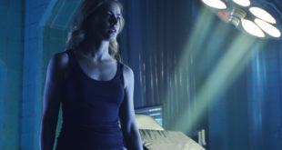 "12 MONKEYS -- ""Resurrection"" Episode 211 -- Pictured: Amanda Schull as Cassandra Railly -- (Photo by: Ben Mark Holzberg/Syfy)"