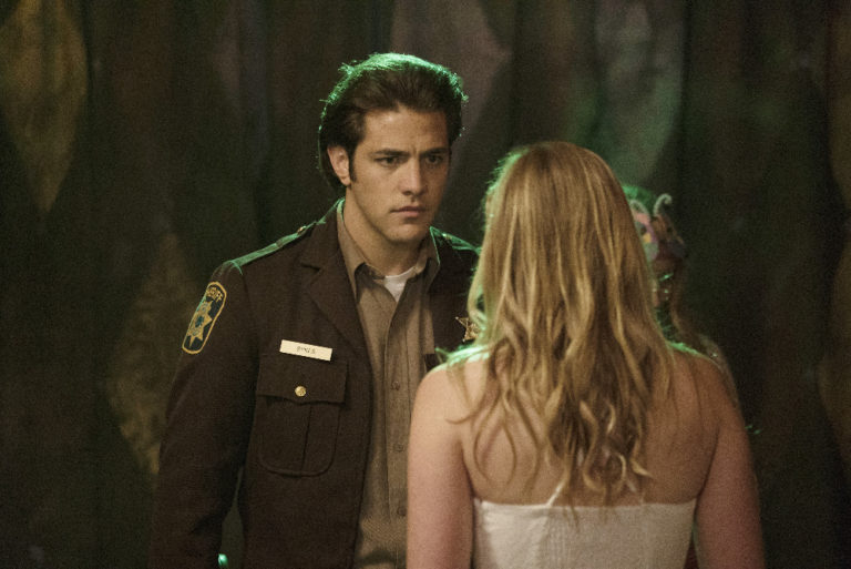 "'Dead of Summer' Review: ""Modern Love"""