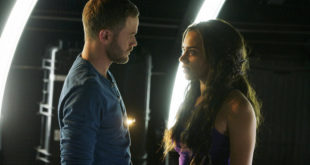 "KILLJOYS -- ""Meet The Parents"" Episode 205 -- Pictured: (l-r) Aaron Ashmore as John, Hannah John-Kamen as Dutch -- (Photo by: Steve Wilkie/Syfy/Killjoys II Productions Limited)"