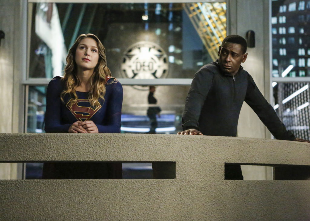 Supergirl' Review: Kiss The Girls You Want to Kiss - The Workprint