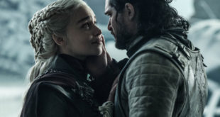 Daenerys and Jon in embrace before he betrays her.
