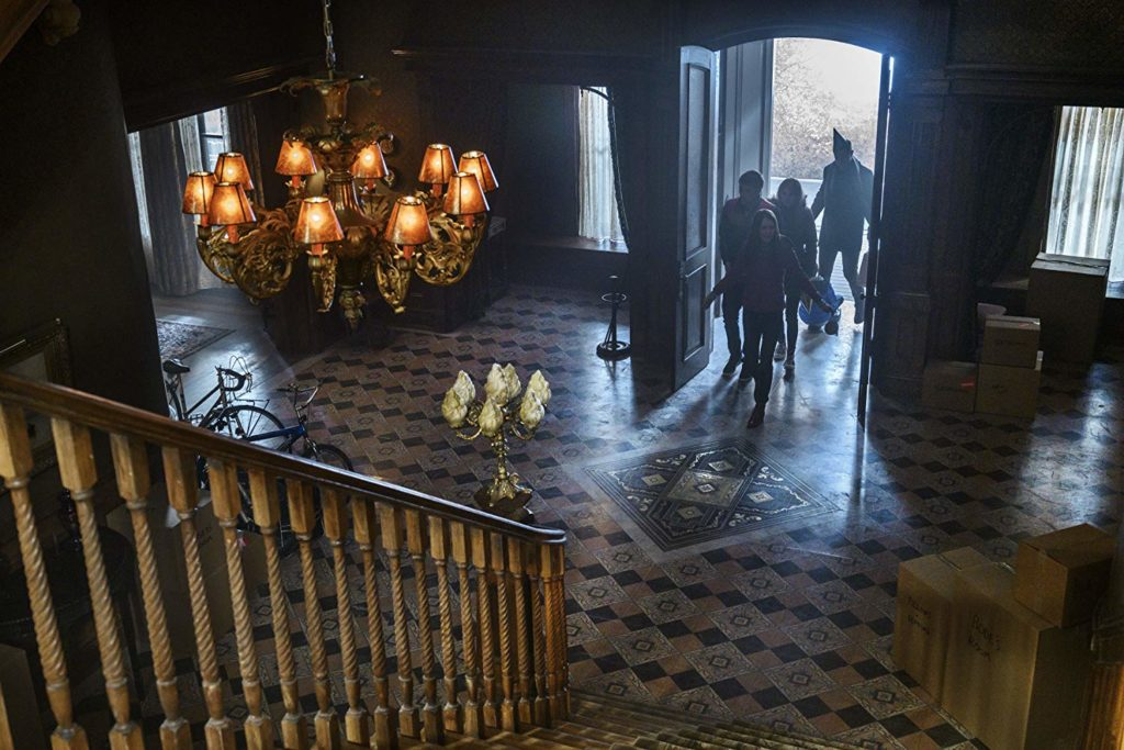 The Locke family enters Key House for the first time.