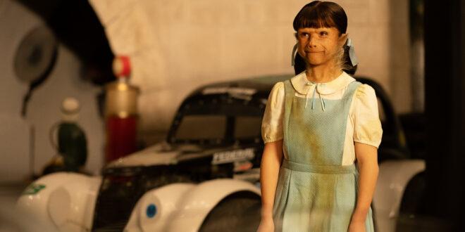 Abigail Shapiro as Dorothy Spinner